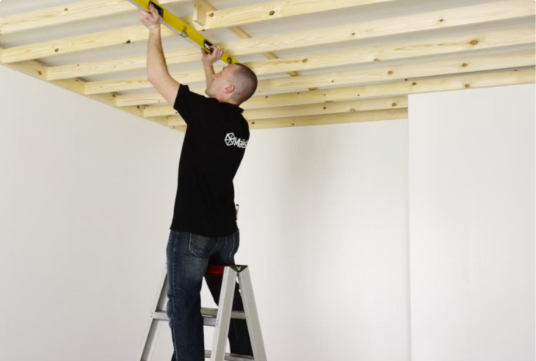Installing a ceiling